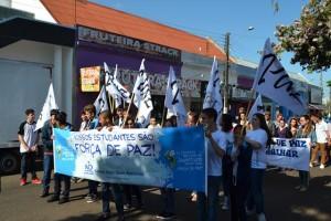 Manifestação pela paz (16)