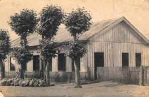 Casa de madeira doada